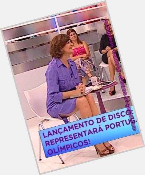 Julia Pinheiro new pic 4.jpg