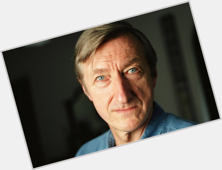 Julian Barnes new pic 1.jpg