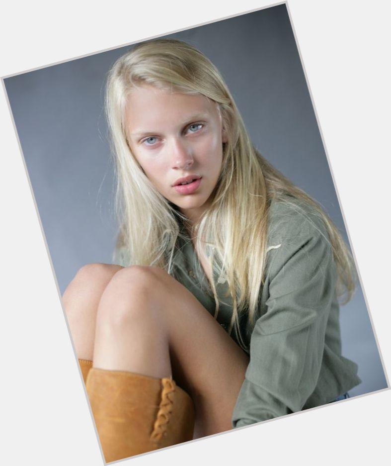 "<a href=""/hot-women/juliana-schurig/where-dating-news-photos"">Juliana Schurig</a> Slim body,  blonde hair & hairstyles"
