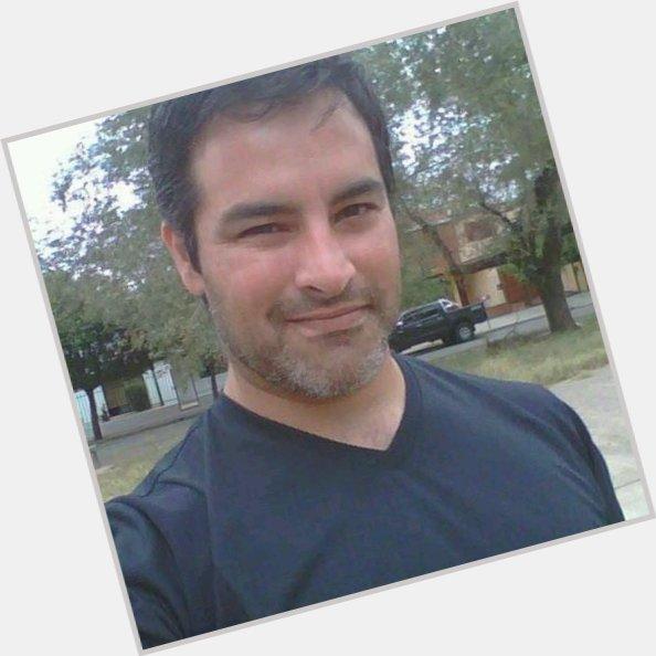 "<a href=""/hot-men/julio-navarro/where-dating-news-photos"">Julio Navarro</a>"