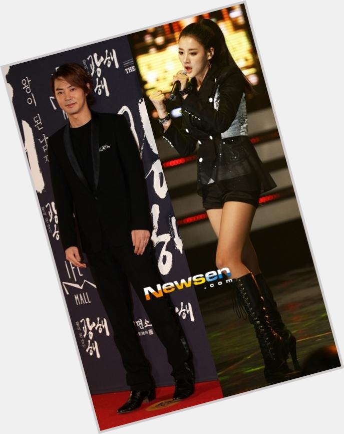 "<a href=""/hot-women/jun-jin-hyun/where-dating-news-photos"">Jun Jin Hyun</a>"
