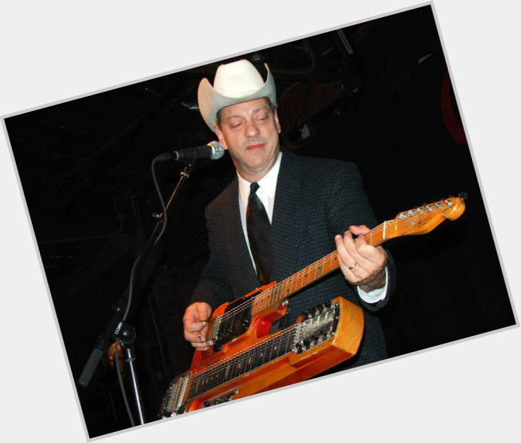 Junior Brown sexy 0