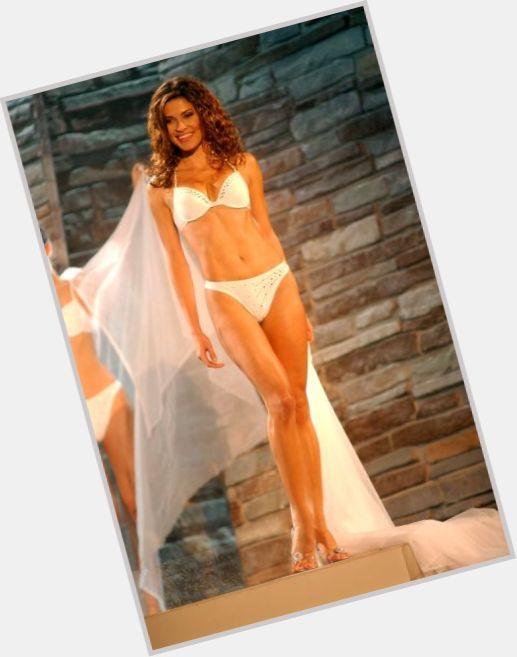 Justine Pasek full body 4.jpg