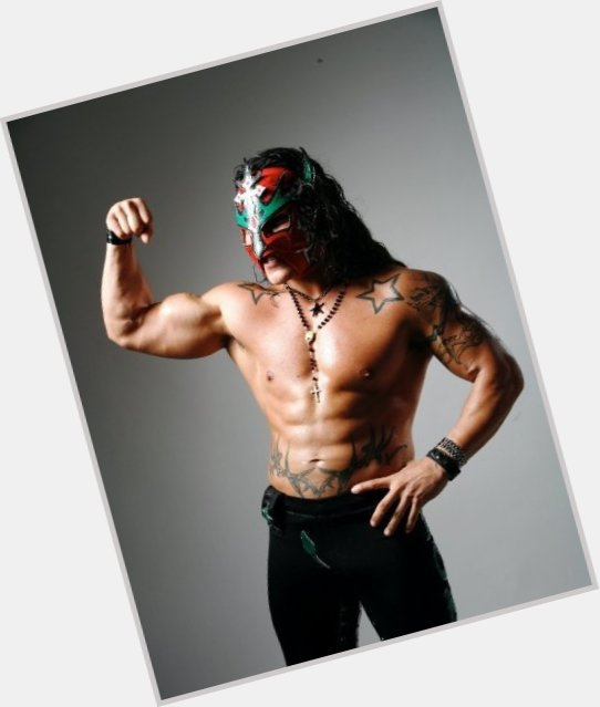 "<a href=""/hot-men/juventud-guerrera/where-dating-news-photos"">Juventud Guerrera</a>"