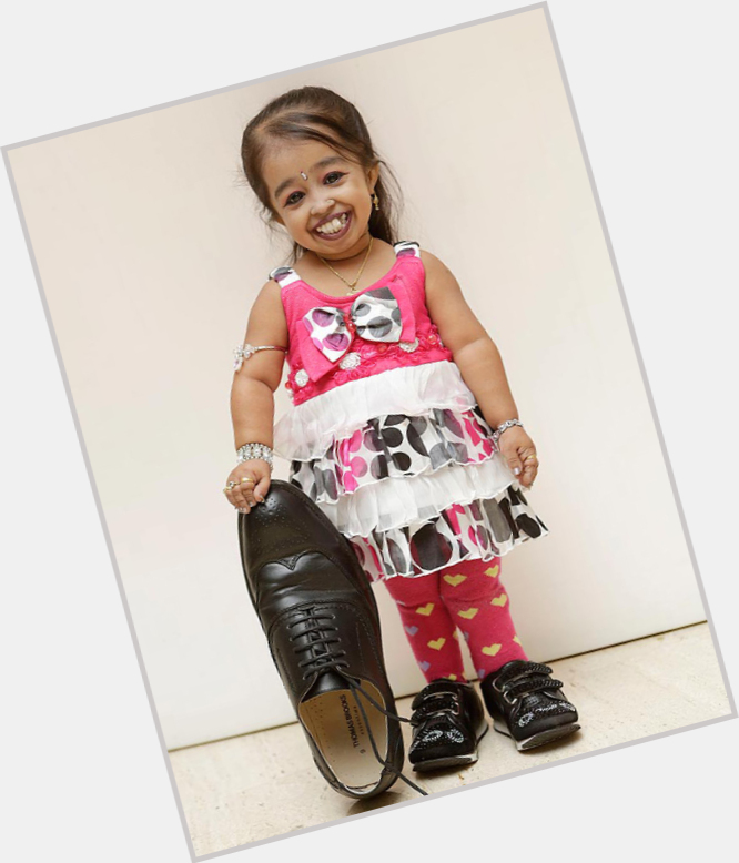 Jyoti Amge full body 4.jpg