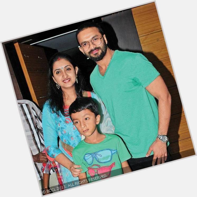 jayasurya and family 4.jpg
