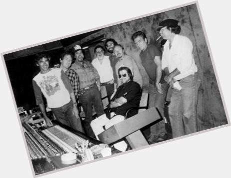 "<a href=""/hot-men/jim-keltner/is-he-married-tall"">Jim Keltner</a> Average body,  dark brown hair & hairstyles"