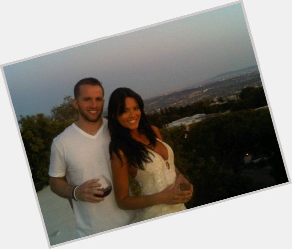 "<a href=""/hot-men/j-j-barea/is-he-jj-married-really-6-foot-playing"">J J Barea</a> Athletic body,  light brown hair & hairstyles"