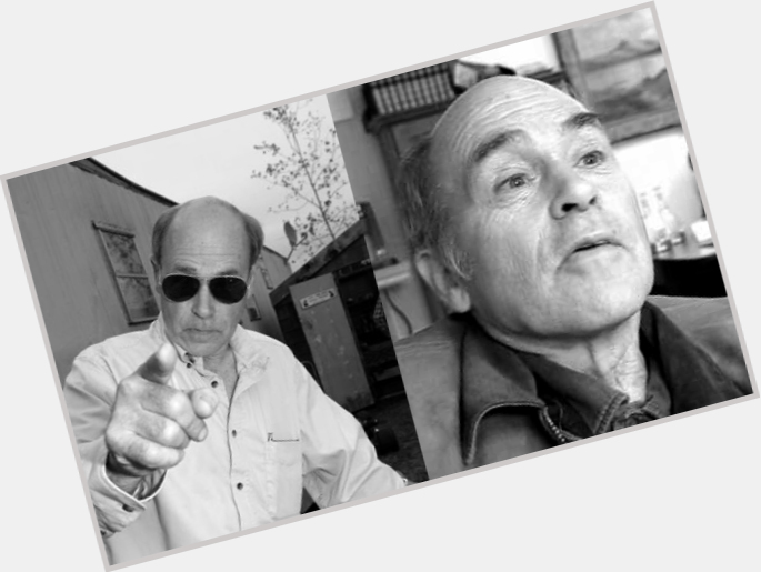 "<a href=""/hot-men/john-dunsworth/is-he-really-drunk-and-sarah-related-tall"">John Dunsworth</a> Average body,  bald hair & hairstyles"