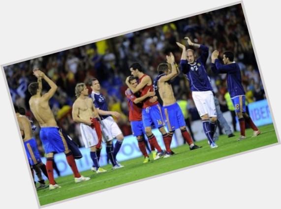 "<a href=""/hot-men/jordi-alba/is-he-injured-related-jessica-going-barcelona-good"">Jordi Alba</a> Athletic body,  dark brown hair & hairstyles"