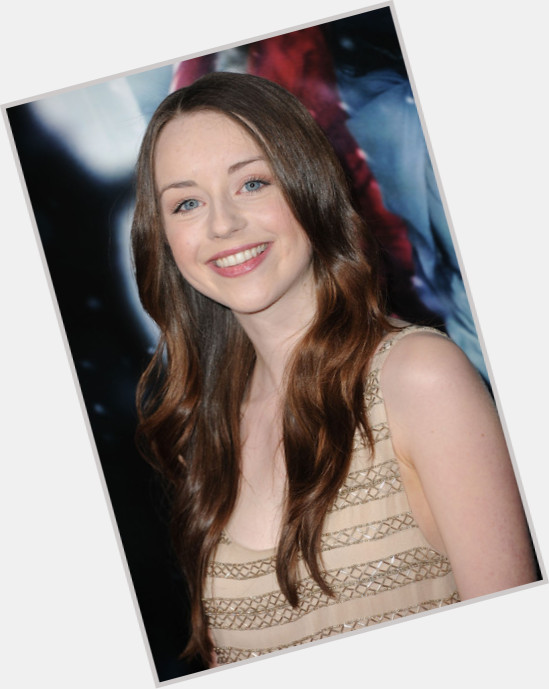 "<a href=""/hot-women/kacey-rohl/where-dating-news-photos"">Kacey Rohl</a> Slim body,  dark brown hair & hairstyles"