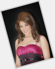 "<a href=""/hot-women/karla-montana/where-dating-news-photos"">Karla Montana</a> Slim body,  dark brown hair & hairstyles"