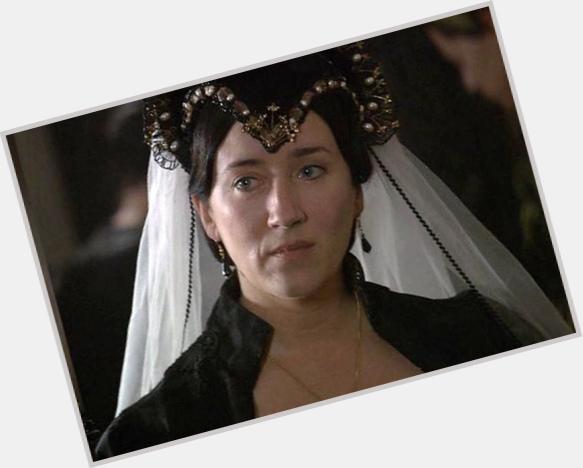 "<a href=""/hot-women/katherine-of-aragon/where-dating-news-photos"">Katherine Of Aragon</a> Average body,  black hair & hairstyles"