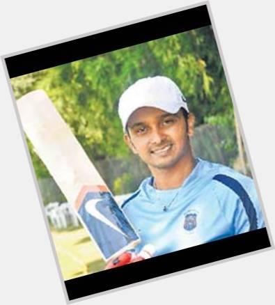 Kedar Jadhav full body 3