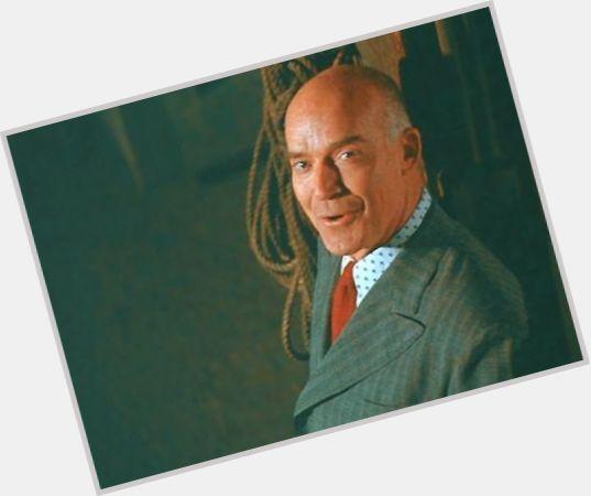 "<a href=""/hot-men/keene-curtis/is-he-tall"">Keene Curtis</a> Average body,  bald hair & hairstyles"