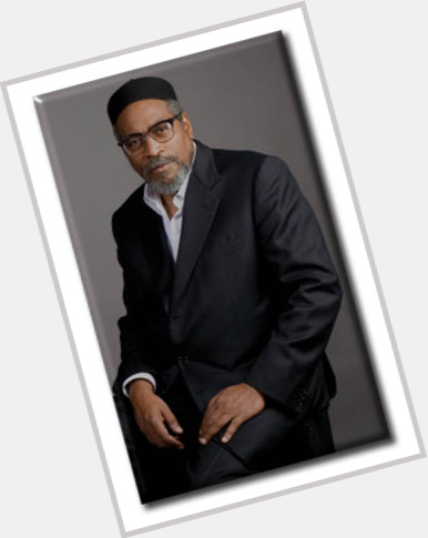 "<a href=""/hot-men/kenny-gamble/where-dating-news-photos"">Kenny Gamble</a>"