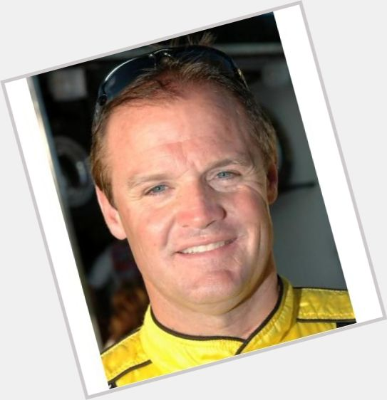 Kenny Wallace new pic 8.jpg