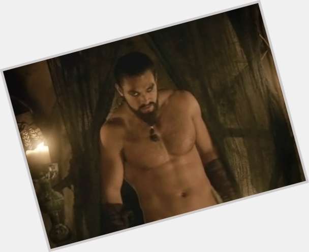 "<a href=""/hot-men/khal-drogo/where-dating-news-photos"">Khal Drogo</a> Bodybuilder body,  black hair & hairstyles"