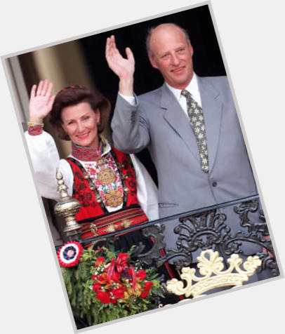 King Harald V sexy 5.jpg