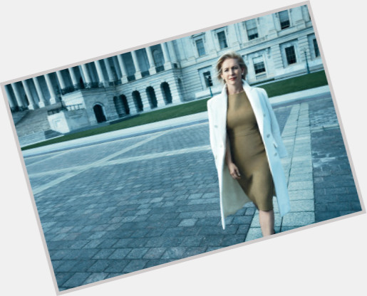 Kirsten Gillibrand new pic 1.jpg