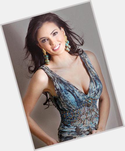 """<a href=""""/hot-women/krista-kleiner/where-dating-news-photos"""">Krista Kleiner</a> Slim body,  dark brown hair & hairstyles"""