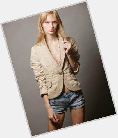 "<a href=""/hot-women/ksenia-malanova/where-dating-news-photos"">Ksenia Malanova</a> Slim body,  blonde hair & hairstyles"