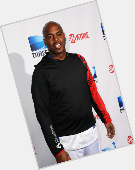 """<a href=""""/hot-men/kevin-frazier/is-he-wife-white-married-divorce-black-still"""">Kevin Frazier</a> Average body,  bald hair & hairstyles"""