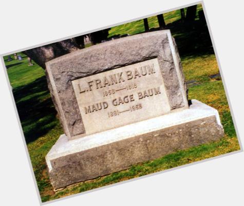 "<a href=""/hot-men/l-frank-baum/where-dating-news-photos"">L Frank Baum</a> Average body,  light brown hair & hairstyles"