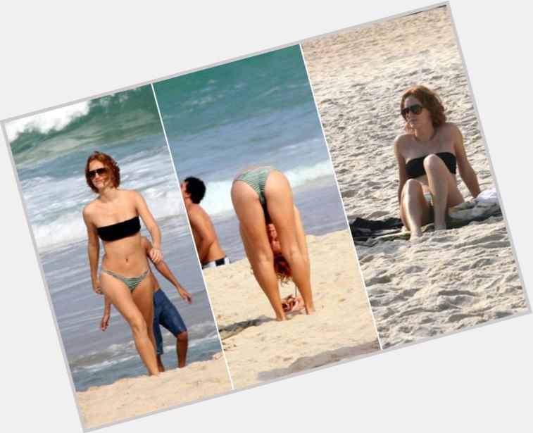 "<a href=""/hot-women/laila-zaid/where-dating-news-photos"">Laila Zaid</a> Slim body,  red hair & hairstyles"