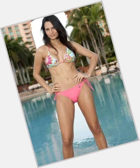 Larissa Costa dating 7.jpg