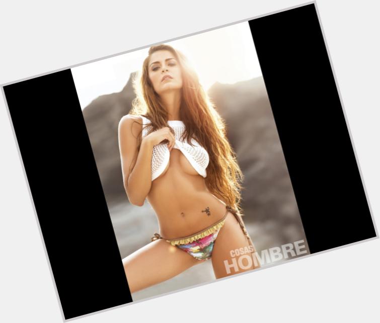 "<a href=""/hot-women/laura-spoya/where-dating-news-photos"">Laura Spoya</a> Slim body,  light brown hair & hairstyles"