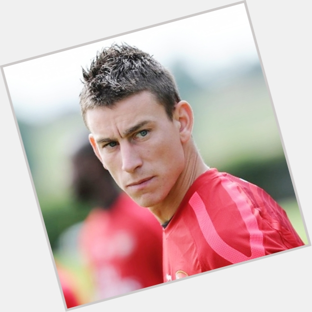 Laurent Koscielny hairstyle 5