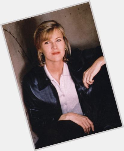 Laurie Macdonald sexy 0.jpg