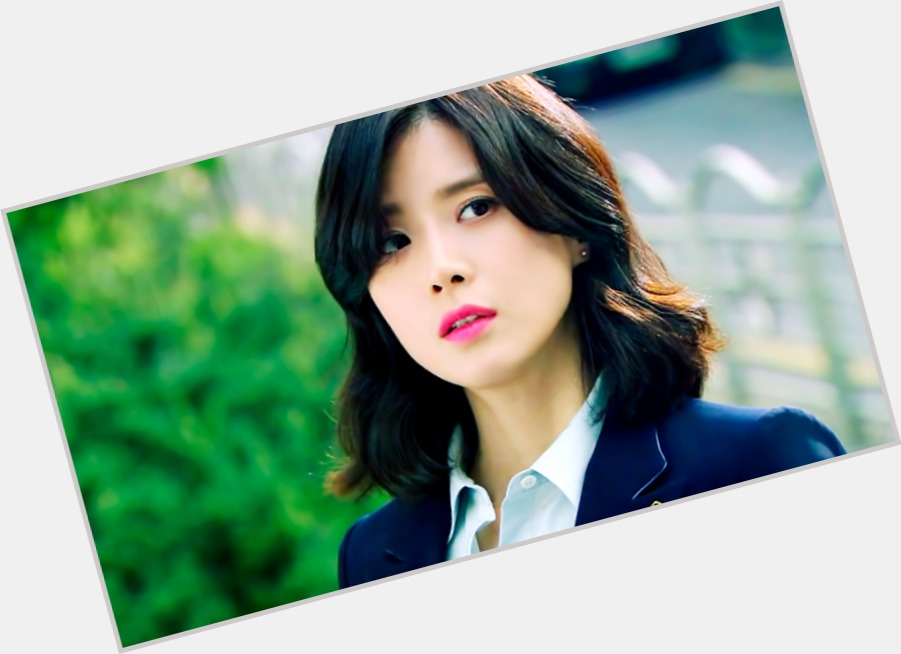 Lee Bo-young birthday 2015