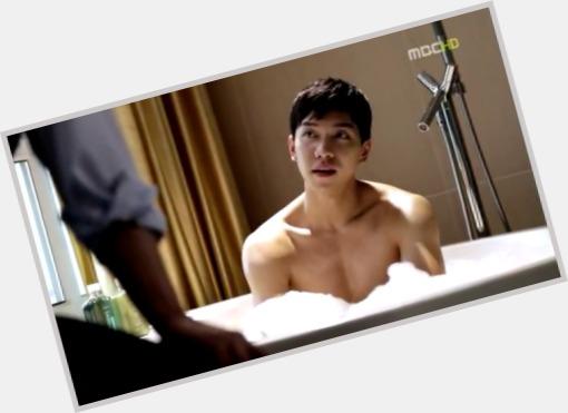 Lee Seung gi full body 3