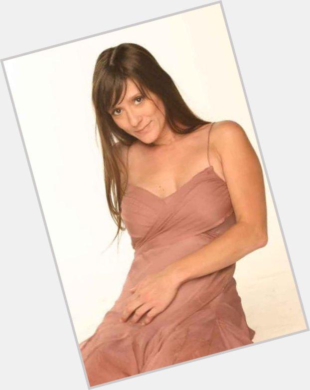 "<a href=""/hot-women/leigh-brown/where-dating-news-photos"">Leigh Brown</a> Average body,  grey hair & hairstyles"