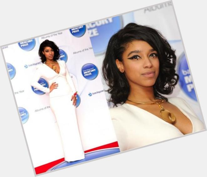 "<a href=""/hot-women/lianne-la-havas/where-dating-news-photos"">Lianne La Havas</a> Slim body,  dark brown hair & hairstyles"