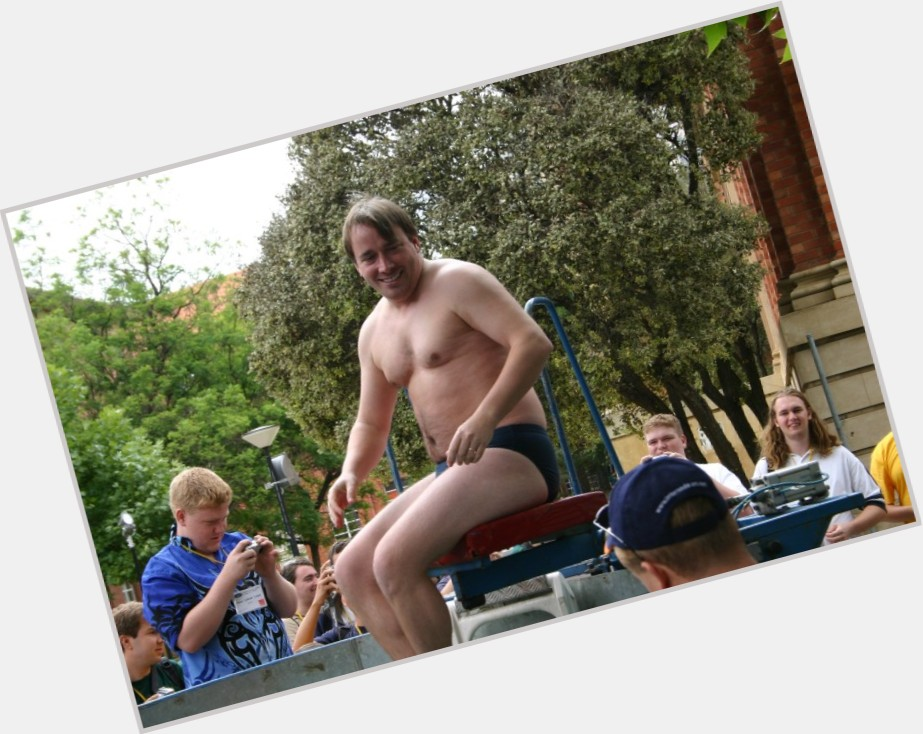 """<a href=""""/hot-men/linus-torvalds/where-dating-news-photos"""">Linus Torvalds</a> Large body,  blonde hair & hairstyles"""