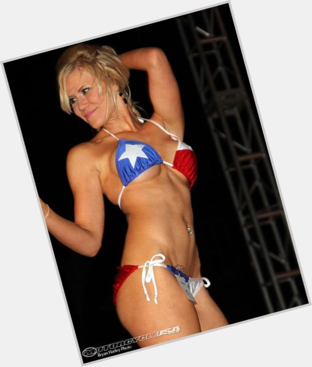 "<a href=""/hot-women/lone-star/where-dating-news-photos"">Lone Star</a>  blonde hair & hairstyles"