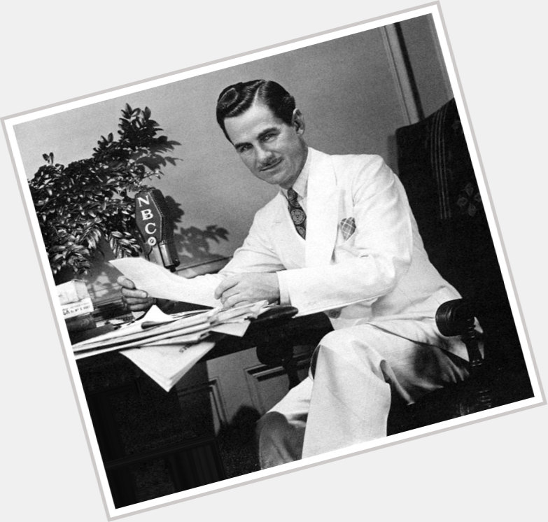 "<a href=""/hot-men/lowell-thomas/where-dating-news-photos"">Lowell Thomas</a>"