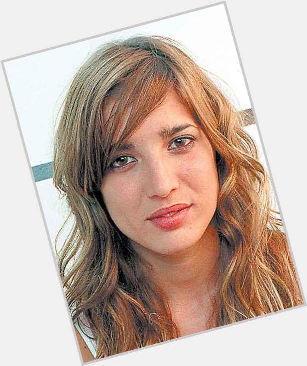 "<a href=""/hot-women/lucia-jimenez/where-dating-news-photos"">Lucia Jimenez</a> Slim body,  dark brown hair & hairstyles"