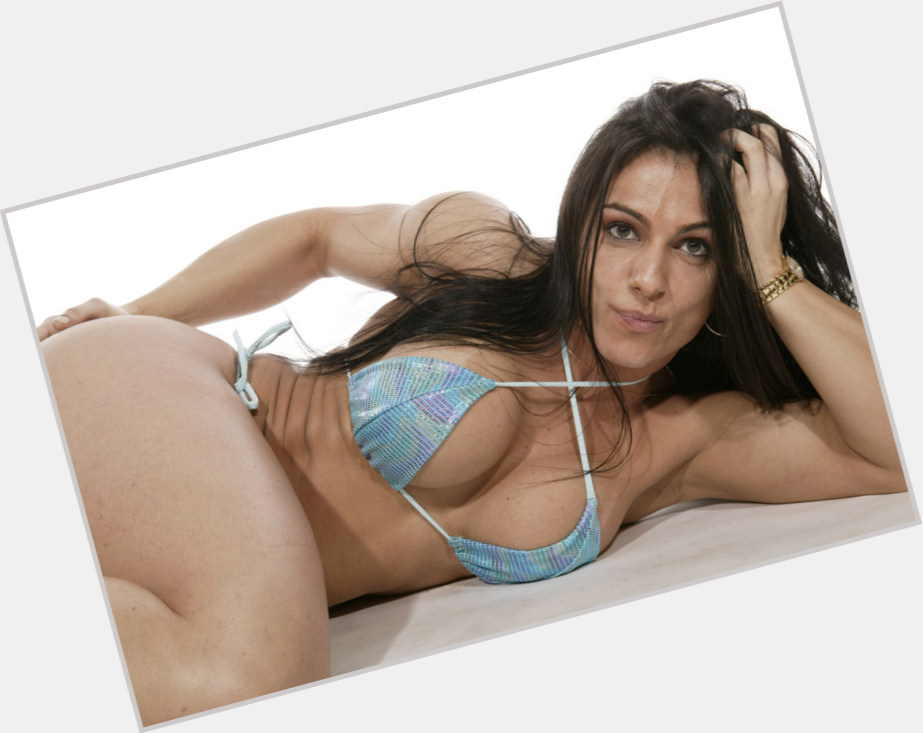 Luciana Andrade new pic 1.jpg