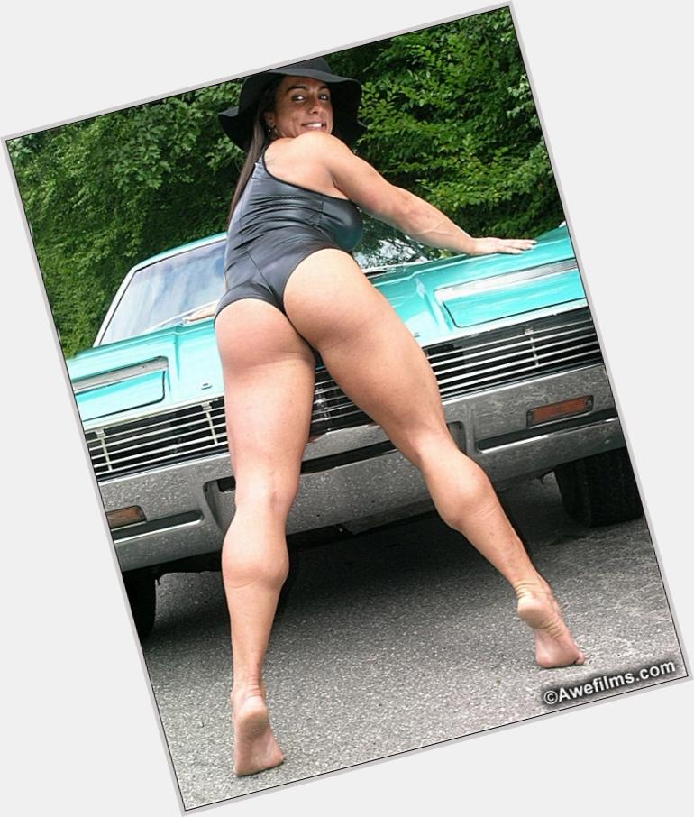 Luciana Andrade sexy 3.jpg