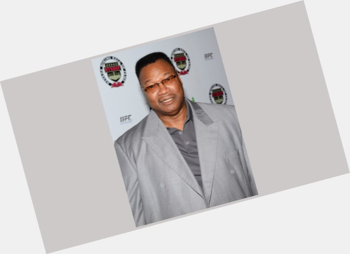 larry holmes new hairstyles 5.jpg