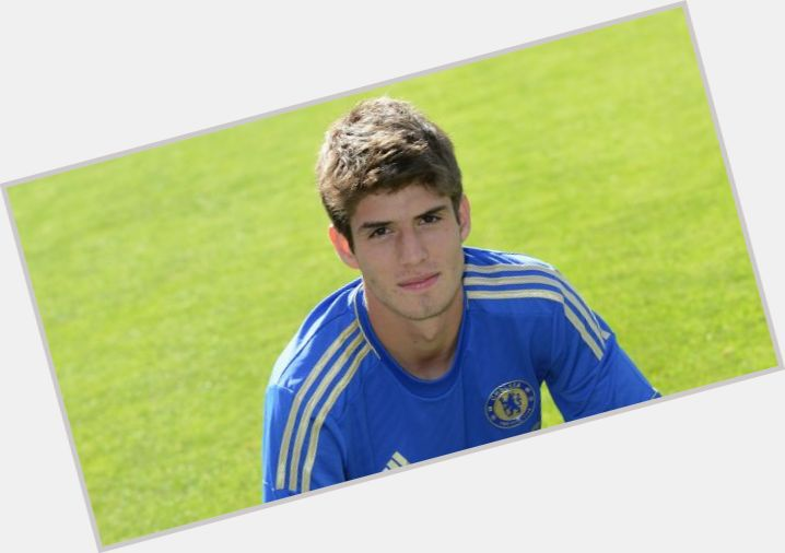 lucas piazon new hairstyles 0.jpg