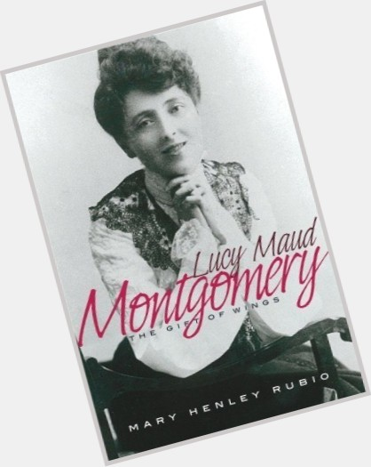 "<a href=""/hot-women/lucy-maud-montgomery/is-she-why-important-canada-famous-great-canadian"">Lucy Maud Montgomery</a> Average body,  dark brown hair & hairstyles"