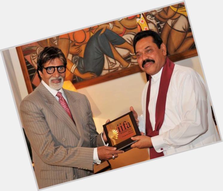 Mahinda Rajapaksa full body 3