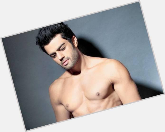 Manish Paul full body 4.jpg