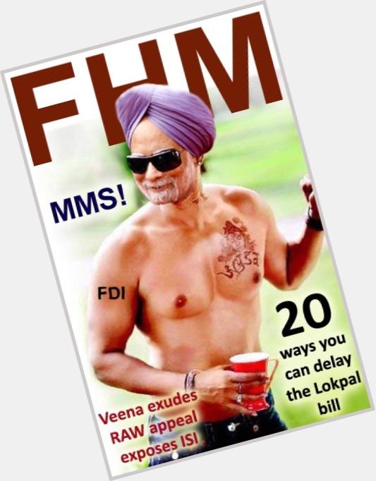 "<a href=""/hot-men/manmohan-singh/is-he-vegetarian-married-lok-sabha-elected-mp"">Manmohan Singh</a> Average body,  black hair & hairstyles"