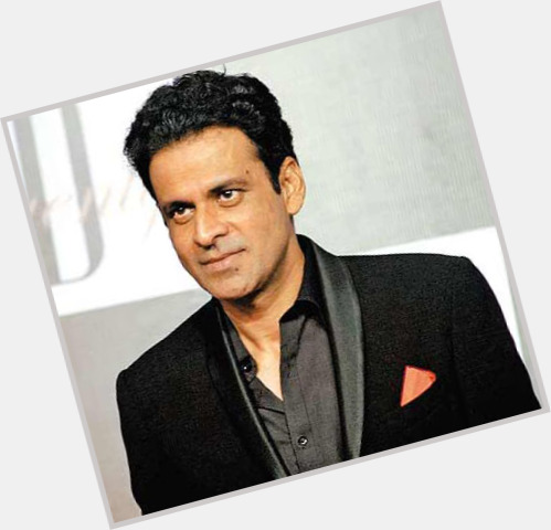 Manoj Bajpayee full body 9.jpg